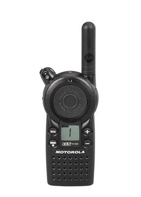 6-Pack-of-Motorola-CLS1110-Two-Way-Radio-Walkie-Talkies-0-1