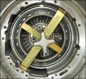 Intermediate-Piston-Belleville-Spring-Compressor-E4OD4R100-0